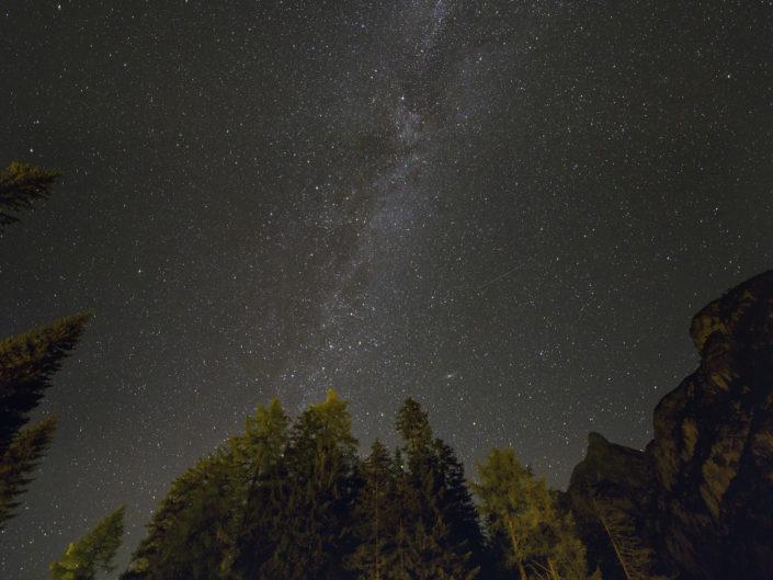 Milkyway over Lago di Praio (Pragser Wildsee), Italy, 2018